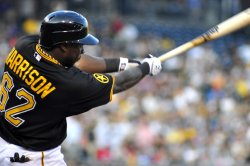 Pirates Josh Harrison scores only run 1-0 win over Reds in Pittsburgh