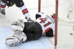Penguins Chris Kunitz Scores Goal in Pittsburgh