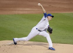 Cubs Kyle Hendricks pitches against the Giants in Chicago