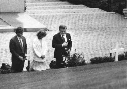 Sen. Edward M. Kennedy, Ted Jr. and Rory Kennedy pay their respects at grave of Robert F. Kennedy