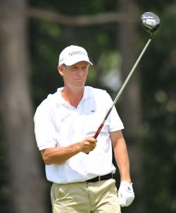 Hansen lines up tee shot on 2nd hole at 93rd PGA Championship