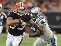 Falcons Michael Turner runs for 139 yards in Atlanta