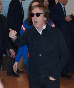 Paul McCartney arrives at Tokyo
