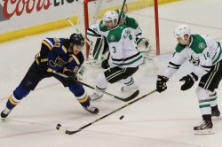 St. Louis Blues Alexander Steen deflects againist the puck the Dallas Stars