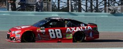 Earnhardt Jr. takes a Thank You Lap at Homestead-Miami Speedway