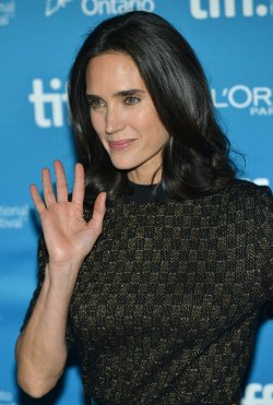 Jennifer Connelly attends 'Shelter' photo call at the Toronto International Film Festival