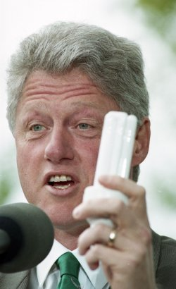 U.S. President Bill Clinton and Vice President Al Gore arrive at Meridian Hill Park on Earth Day in Washington