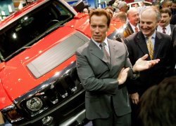 Calif. Gov. Schwarzenegger attends Auto Engineers World Congress in Detroit