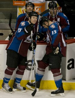 Avalanche React to Game-Winning Canucks Goal After Review in Denver