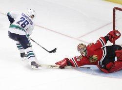 Canucks Samuelsson misses shot against Blackhawks in Chicago