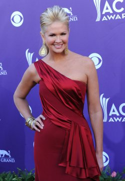 TV personality Nancy O'Dell arrives at the Academy of Country Music Awards in Las Vegas