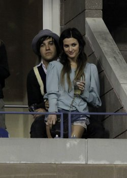 Ashlee Simpson and Pete Wentz at the U.S. Open Tennis Championships in New York