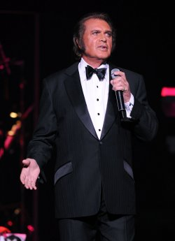 Engelbert Humperdinck performs in Sunrise