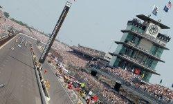 Cars Take Memorial Lap Before Indianapolis 500