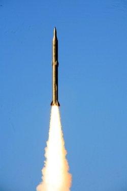 Iran test-fires missile