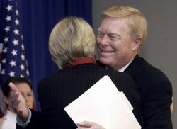 Gephardt withdraws from Presidential Ticket