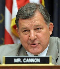 Rove ignores subpoena of House committee in Washington