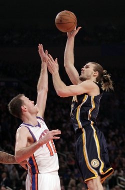 Indiana Pacers Lou Amundson and New York Knicks Steve Novak at Madison Square Garden in New York