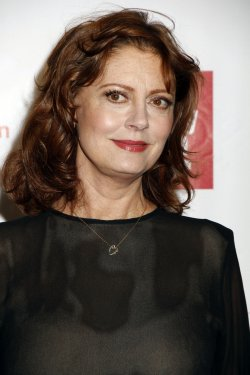 Susan Sarandon arrives for the Film Society of Lincoln Center's 39th Annual Chaplin Awards Gala in New York