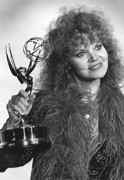 """Actress Eileen Brennan wins Emmy award for supporting actress in """"Private Benjamin"""""""