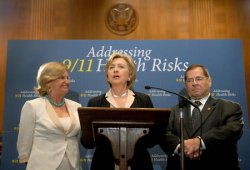 SENATOR CLINTON SPEAKS ON GAO 9/11 AIR QUALITY REPORT IN WASHINGTON