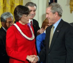 BUSH SIGNS PROCLAMATION ESTABLISHING NORTHWESTERN HAWAIIAN ISLANDS NATIONAL MONUMENT
