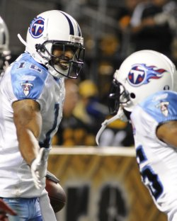 Titans Justin Gage Celebrates Touchdown against Steelers