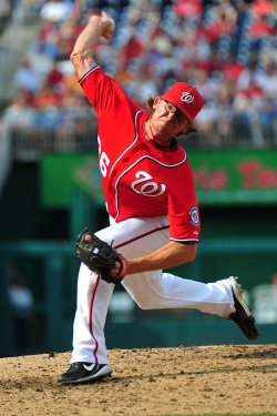 Naitonals' pitcher Tyler Clippard pitches in Washington