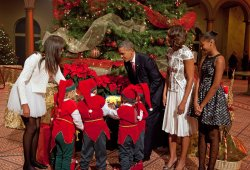 "President Obama and family tape ""Christmas in Washington"""