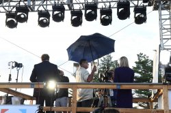 Worldwide TV Stations Report on the First Presidential Debate at Hofstra University