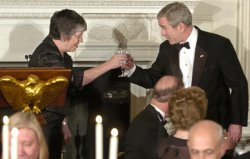 BUSH ATTENDS STATE DINNER TO HONOR NATION'S GOVERNORS