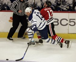 TORONTO MAPLE LEAFS VS CHICAGO BLACKHAWKS