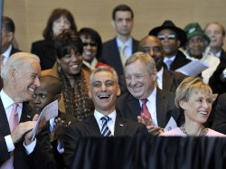 Emanuel smiles at inauguration in Chicago