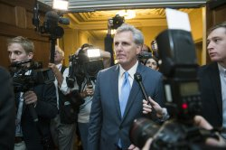 House Leader McCarthy drops out of the race for Seapker