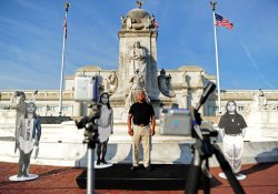 """Performance Artist James Luna's """"Take a Picture with a Real Indian"""" on Columbus Day in Washington"""