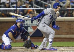 Los Angeles Dodgers Yasmani Grandal drives in 3 runs