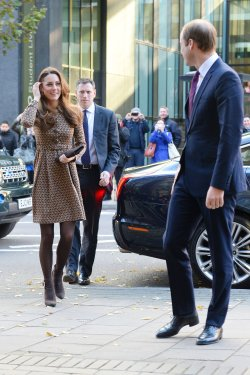 """The Duke and Duchess of Cambridge visit the """"Only Connect Projects"""" in London"""