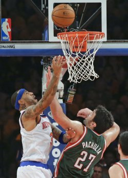 Knicks vs Bucks at Madison Square Garden