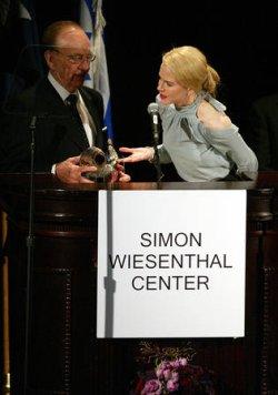 SIMON WIESENTHAL AWARD GIVEN TO RUPERT MURDOCH BY NICOLE KIDMAN