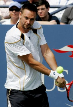 Soderling takes on Davydenko in forth round at the US Open Tennis Championship in New York