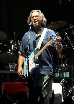 Clapton and Winwood perform in concert in Paris