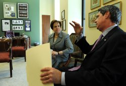 Supreme Court nominee Elena Kagan meets with Sen. Vitter in Washington