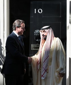 David Cameron greets President of the United Arab Emirates