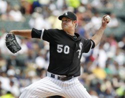 White Sox Danks pitches against Cubs in Chicago