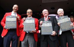 St. Louis Cardinals induct newest members of Hall of Fame