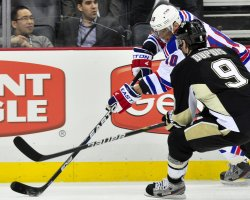 Penguins Dupuis and Rangers Gaborik in Pittsburgh