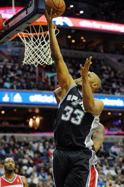 Washington Wizards vs San Antonio Spurs in Washington