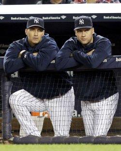 New York Yankees Pitcher Andy Pettitte Announces Retirement