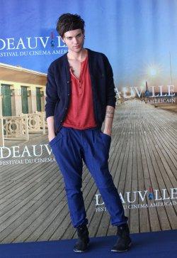 Thomas Dekker arrives at American Film Festival in Deauville