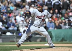Twins Mijares delivers against White Sox in Chicago
